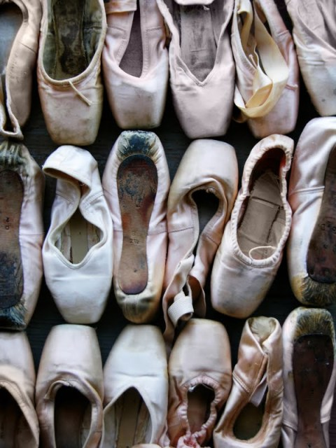 https://zeeandthoseknees.files.wordpress.com/2012/12/balletshoes.jpg?w=225